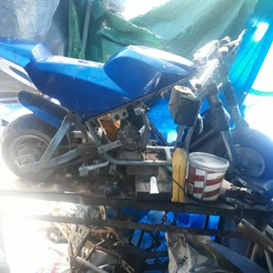 Pocket rocket with a predator motor 212 and a 50cc for Sale in Los Angeles, CA