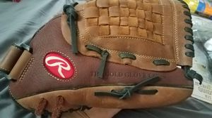 "Rawlings Baseball 12.5"" RBG36TBR Baseball / Softball Fielders Glove $60 OBO for Sale in Miami Gardens, FL"