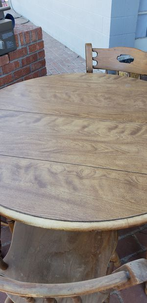 Kitchen table with formica top for Sale in Mesa, AZ