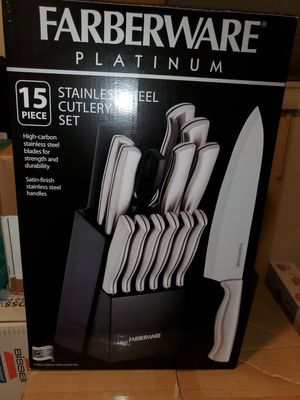 Farberware stainless steel cutlery set for Sale in Tinley Park, IL