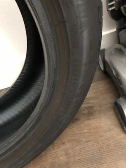 BMW X3 tire for Sale in Pasadena,  CA