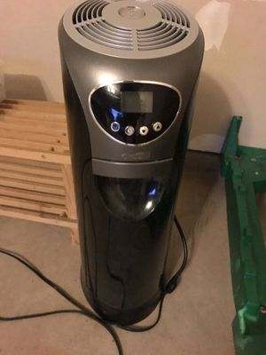 Bionaire Tower Humidifier for Sale in Fairfax, VA