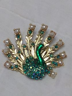 Antique peacock brooch with crystals for Sale in Dallas,  GA