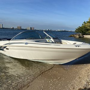2001 sea ray 180 for Sale in Hialeah, FL