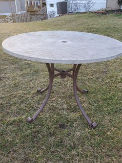 Beautiful Stone Top Patio Table for Sale in Sterling,  VA