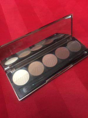 Maquillaje de buena marca original for Sale in Hialeah, FL