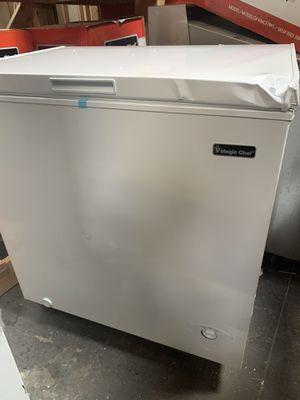 Magic chef 7.0 chest freezers! for Sale in Phoenix, AZ