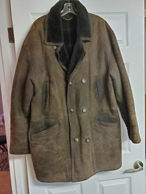 Men's Italian leather sheepskin for Sale in Franklin Park, IL