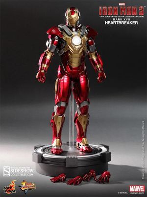Hot Toys 1/6 Iron Man Mark 17 XVII Heartbreaker Sixth Scale Figure MMS212 for Sale in Ashburn, VA
