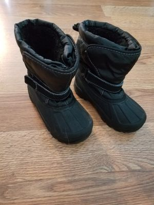 Size 10 toddler boys snowboots for Sale in Muscatine, IA