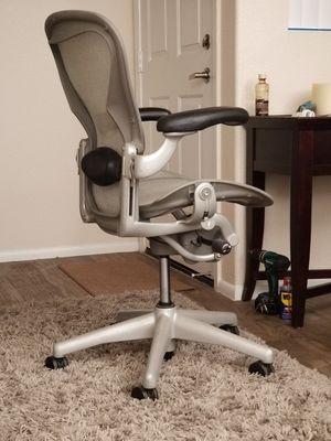 Herman Miller Aeron Silver Titanium Zinc Office Chairs for Sale in Scottsdale, AZ