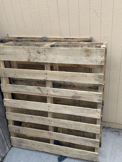 3 Free Pallets for Sale in Sacramento,  CA