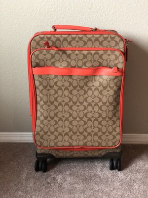 Coach Rolling Luggage Bag! for Sale in Orting, WA