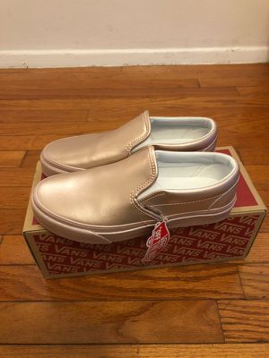Van's classic slip on shoes women sz 7 rosegold for Sale in Aspen Hill, MD