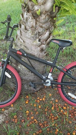BMX bike with lock for Sale in Apopka, FL