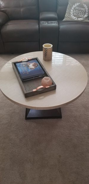 Round coffee Table for Sale in Las Vegas, NV