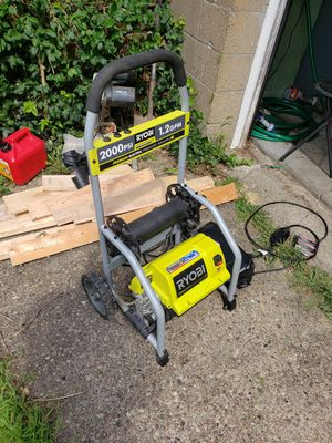 2000psi pressure Washer. Best offer. for Sale in Pittsburgh, PA