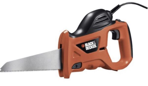 BLACK+DECKER 3.4-Amp Powered Hand Saw with bag
