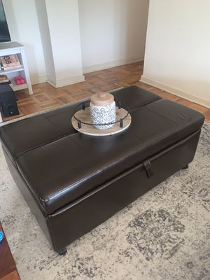 Leather Coffee table with pull out bed for Sale in Philadelphia, PA