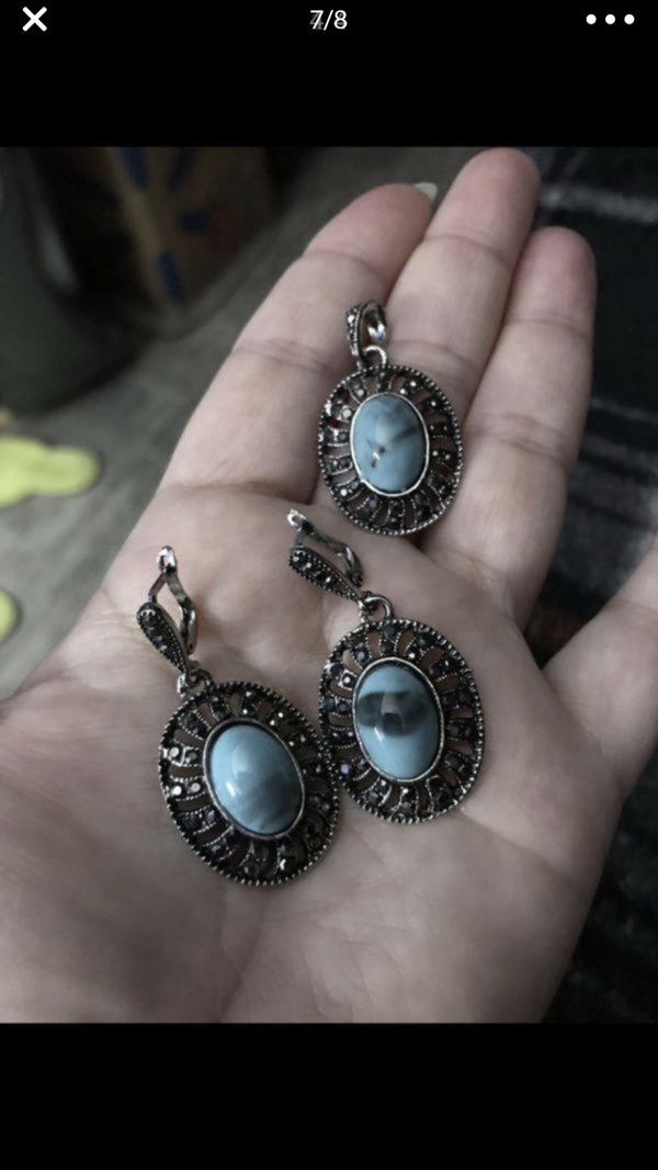 Nice turquoise ring and charm and earrings set