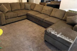 Chocolate Brown Sectional! Storage under it! U SHAPE. $995 for Sale in San Diego, CA
