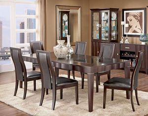 Dining table set of 7 (1 table and 6 chairs and Leaf!!)- USED $450 OBO for Sale in Miami Gardens, FL