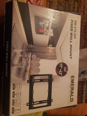 Emerald TV wall Mount for Sale in Long Beach, CA