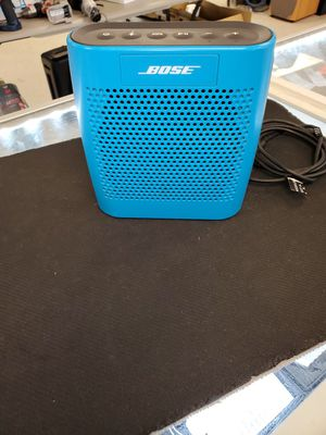 BOSE SOUNDLINK COLOR for Sale in Grand Prairie, TX