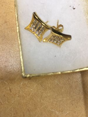 Diamond cut earrings for Sale in Tampa, FL