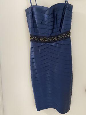 BCBG MaxAzria dress color Sapphire size 02 for Sale in North Miami, FL