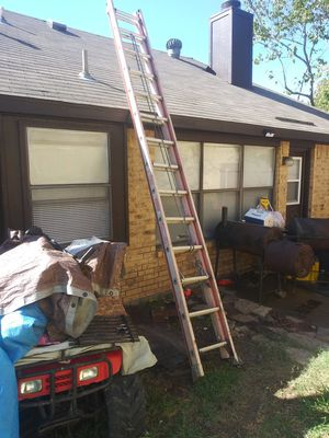 24 ft ladder for Sale in Mesquite, TX