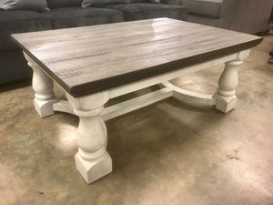 New Chunky Coffee Table —>> TAKE IT HOME!! for Sale in Virginia Beach, VA