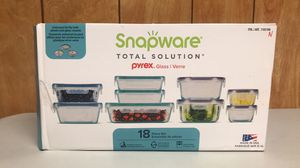 Snapware pyrex glass 18 piece containers set for Sale in Lake Mary, FL