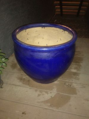 Flower pot for Sale in Modesto, CA