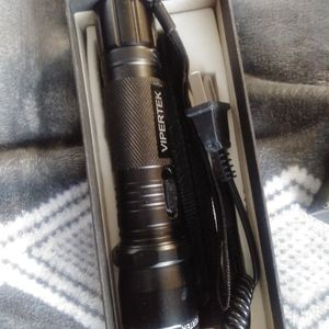 Flash Light N Zapper Rechargeable for Sale in Beverly Hills, CA