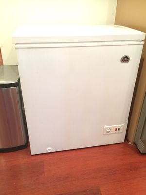 Chest Freezer/ Great condition for Sale in Washington, DC