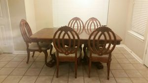 Dining room table /6 chairs for Sale in Austin, TX