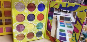 oklan eye shadow pallet for Sale in Claremont, CA