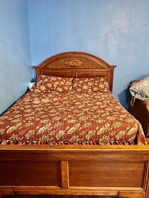 Bed frame and full mattress. Exactly as pictured. for Sale in East Los Angeles, CA