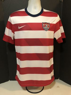 Nike 2012 USMNT World Cup USA Waldo Home Soccer Jersey Striped Red White Small for Sale in Long Beach, CA
