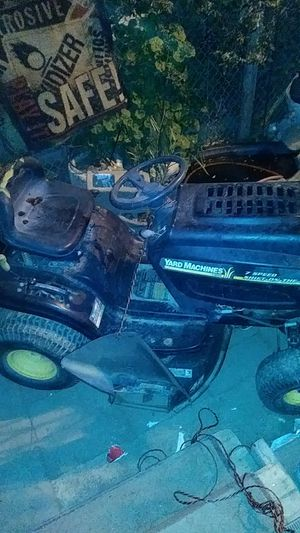Riding lawn mower for Sale in Tulare, CA