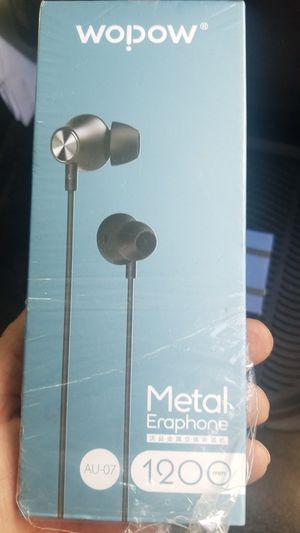 Metal earphones for Sale in Fresno, CA
