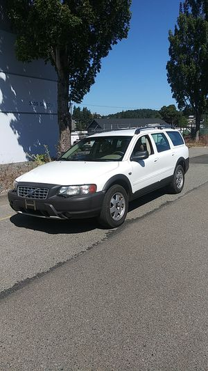 04 Volvo XC70 all wheel drive automatic cross country for Sale in Tacoma, WA