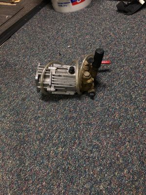 2400 psi pressure washer pump,,,,,,,Sorry had it posted wrong first time for Sale in Bristow, VA