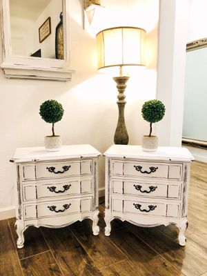 Gorgeous Shabby Thomasville Night Stands/Side Tables, *** Pending Pick Up! for Sale in Queen Creek, AZ