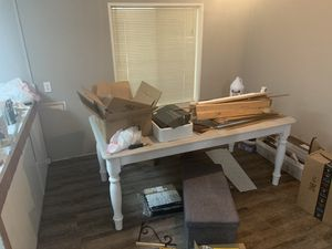 Dining table with leaf for Sale in North Plains, OR