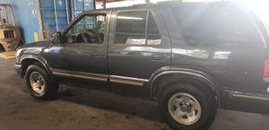 1998 Chevy blazer automatic for Sale in Conley, GA
