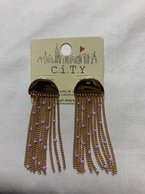 Brand new city earring I paid 9 want five thanks for Sale in Murfreesboro, TN