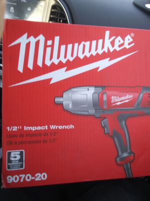 1/2. Inch Milwaukee impact wrench brand new for Sale in Phoenix, AZ