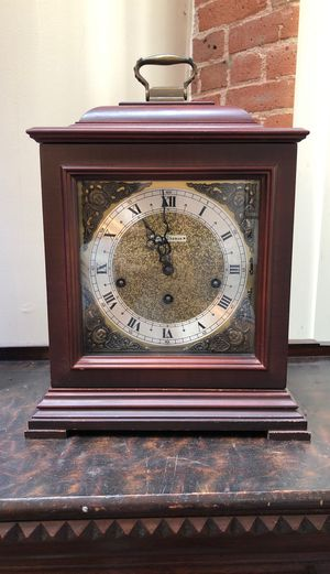 Vintage Seth Thomas legacy 3W mantle clock with Key for Sale in Torrington, CT